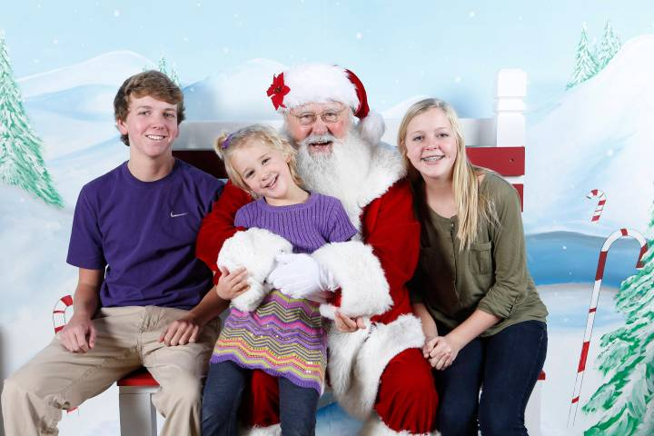 Howes kids with santa